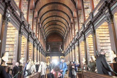 Trinity College Old Library -  voir en grand cette image